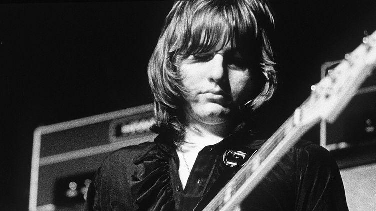 Greg Lak, chanteur et bassiste du groupe Emerson, Lake & Palmer, au festival de l'île de Wight, en 1970  (Peter Sanders / REX / Shutterstock)