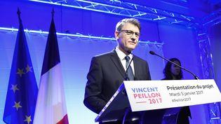 Vincent Peillon, candidat à la primaire de la gauche, présente son programme, le 3 juillet 2017, à Paris. (BERTRAND GUAY / AFP)