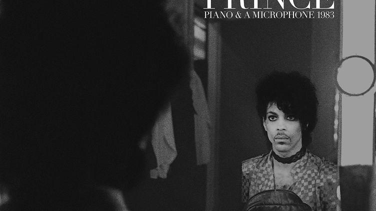 """Prince sur la pochette de l'album """"Piano & A Microphone 1983"""". (Allen Beaulieu)"""