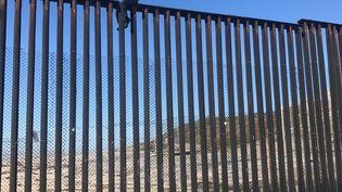 Le député mexicain Braulio Guerra, le 2 mars 2017, près de Tijuana, à la frontière entre le Mexique et la Californie (Etats-Unis). (BRAULIO GUERRA VIA STORYFUL)