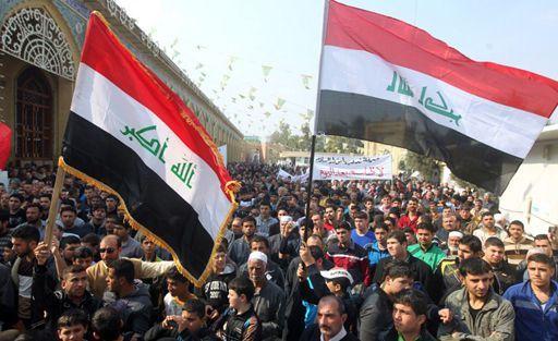 Des sunnites manifestent à Bagdad contre le gouvernement du chiite Nouri al-Maliki le 8 février 2013. (AFP - Ahmad al-Rubaye)