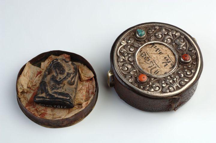 Reliquaire portatif et figure votive, Asie, 20e siècle (musée des Confluences)