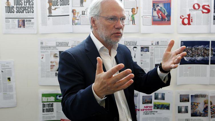 Laurent Joffrin dans les locaux du journal Libération à Paris, le 21 mai 2015. (FRANCOIS GUILLOT / AFP)