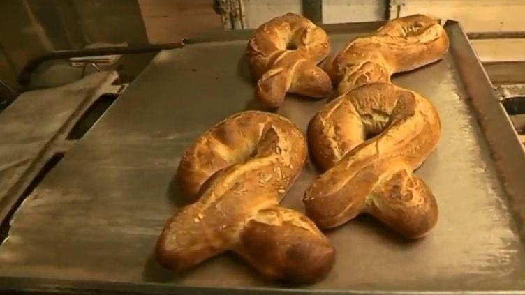 """Des """"love baguettes"""". (CAPTURE ECRAN FRANCE 2)"""