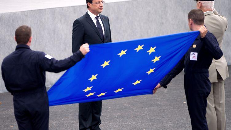 François Hollande le 14 juillet 2012 à Paris. (BERTRAND LANGLOIS / AFP)