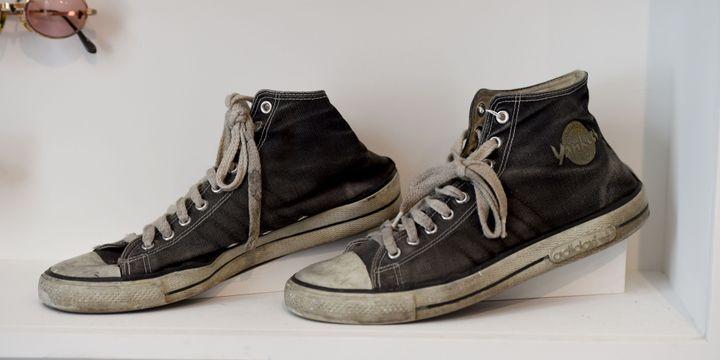 On dirait des Converse mais ce sont des Adidas portées par les Ramones.  (Timothy A.Clary / AFP)