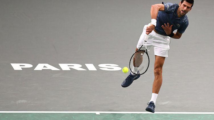 Le Serbe Novak Djokovic à Bercy (ANNE-CHRISTINE POUJOULAT / AFP)