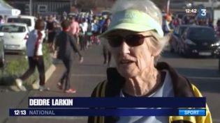 Deidre Larkin a 85 ans et elle vient de faire un semi-marathon. France 3 est allée à sa rencontre, en Afrique du Sud. (FRANCE 3)