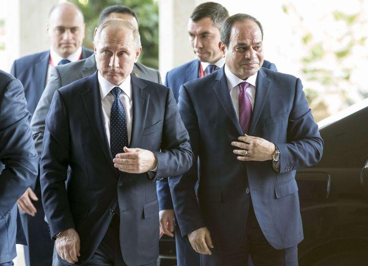 Vladimir Poutine et Abdel Fattah al-Sissi au Caire le 11 décembre 2017. (Alexander Zemlianichenko/AP/SIPA)