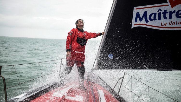 Yannick Bestaven, en tête du Vendée Globe ce dimanche 10 janvier (SEBASTIEN SALOM-GOMIS / AFP)