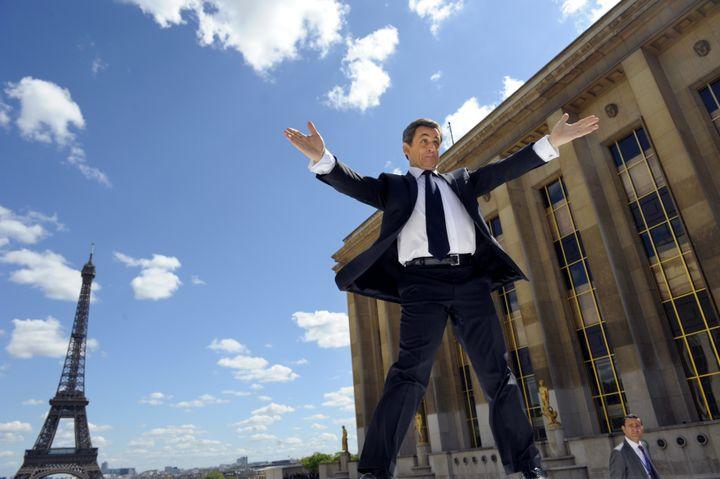 Nicolas Sarkozy sur la place du Trocadéro à Paris le 1er mai 2012. (PHILIPPE WOJAZER / POOL)