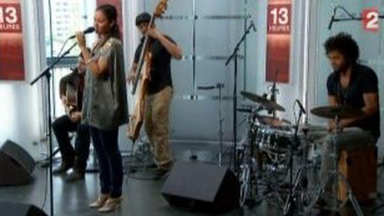 """""""Studio 105"""" le nouvel album de Marya Andrade, la perle du Cap-vert  (Culturebox)"""