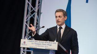 Nicolas Sarkozy lors d'un discours sur la crise des réfugiés au Touquet (Pas-de-Calais), le 12 septembre 2015. (FRANCOIS PAULETTO / AFP)