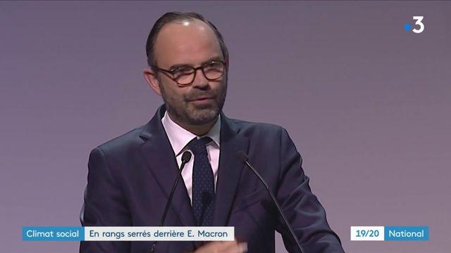 Climat social : en rangs serrés derrière Emmanuel Macron