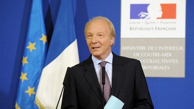 Le ministre de l'Intérieur, Brice Hortefeux, lors d'une conférence de presse Place Beauvau, le 20 octobre 2010. (AFP)