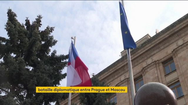 Entre Moscou et Prague, bataille diplomatique et soupçon d'espionnage