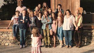 """Johnny Hallyday, Sandrine Bonnaire, Eddy Mitchel et tous les acteurs de """"Salaud, on t'aime"""" de Claude Lelouch  (Les Films 13 / Paname Distribution)"""