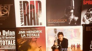 Huit beaux livres musicaux parus en 2019 autour de Serge Gainsbourg, Bob Dylan, Jimi Hendrix, le Hellfest, le rap français, Bruce Springsteen, Paul McCartney et Elton John. (DIVERS EDITEURS)