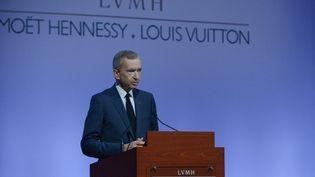 Bernard Arnault, PDG du groupe LVMH, lors de la présentation des résultats annuels 2015, le 2 février 2016à Paris. (ERIC PIERMONT / AFP)