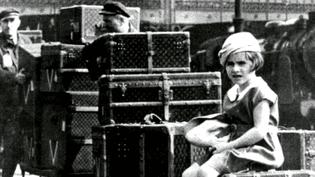 En 1834, Louis Vuitton débarque à Paris à 14 ans. Avec ses malles de transport il invente le bagage de luxe qui traversera les frontières et les années  (France 3 / Culturebox)