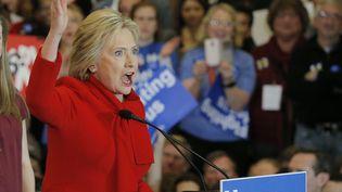 Hillary Clinton, candidate à la présidentielle américaine, à Des Moines pour le caucus de l'Iowa, lundi 1er février 2016. (BRIAN SNYDER / REUTERS)