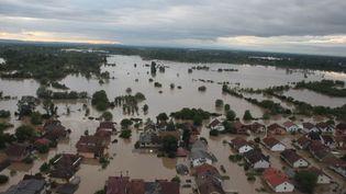 Des inondations d'une ampleur historique frappent les Balkans duimanche 18 mai, comme ici à Sarajeo (Bosnie-Herzégovine). (EDIN BAZIC / ANADOLU AGENCY)