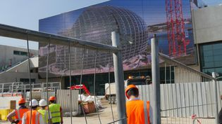 """La nouvelle """"Seine musicale"""" en construction sur l'ïle Seguin à Boulogne Billancourt.  (LCA/Culturebox)"""