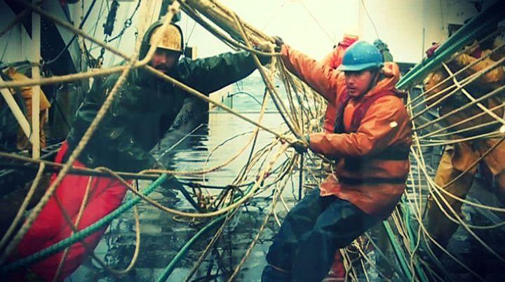 Deux pêcheur en activité  (France 3 / Culturebox / capture d'écran)