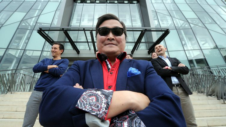 Denis Carré, sosie français du chanteur Psy, s'est fait particulièrement remarqué le 24 mai 2013 à Cannes. ( MAXPPP)