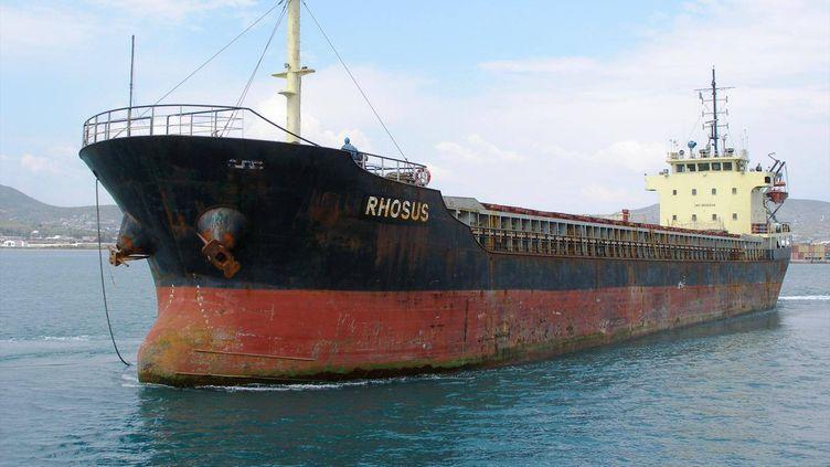 """Le """"Rhosus""""en avril 2013, à Volos (Grèce). (ANTONY VRAILAS / SIPA)"""