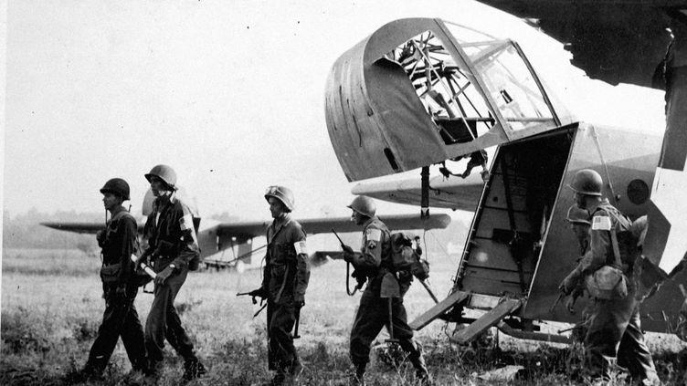 Un cliché, provenant des archives américaines, du débarquement dans le sud de laFrance, le 15 août 1944. (COLL-DITE USIS)