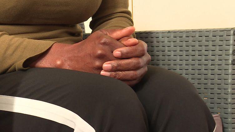 Cette victime a été mise à la rue par son époux pendant le reconfinement. (FRANCE 3)