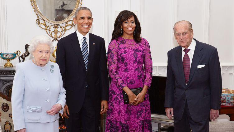 La reine Elizabeth II, Barack et Michelle Obama, le prince PhilipàWindsor le 22 avril2016. (JOHN STILLWELL / AFP)