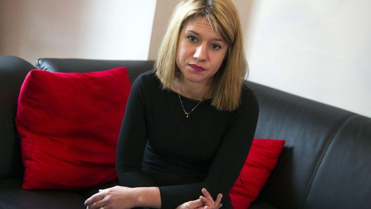 Diane Lazarevic, fille de l'otage Serge Lazarevic, un Français enlevé au Mali en novembre 2011, à Livry-Gargan (Seine-Saint-Denis)le 9 décembre 2012. (LIONEL BONAVENTURE / AFP)