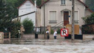 Des inondations à Saint-Mammès (Seine-et-Marne), le 1er juin. (CITIZENSIDE / AFP)