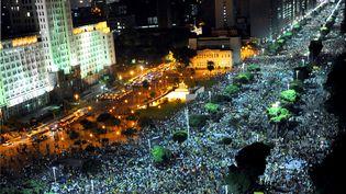 Dans les rues de Rio de Janeiro (Brésil), le 20 juin 2013. (TASSO MARCELO / AFP)
