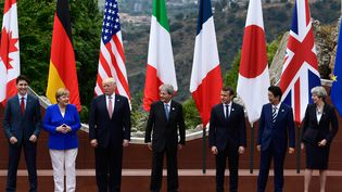 Les dirigeants du G7, réunis le 26 mai 2017 àTaormina, en Sicile (Italie). (MIGUEL MEDINA / AFP)