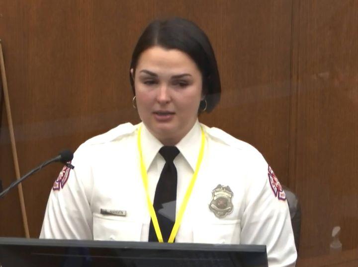 Genevieve Hansen, pompière et secouriste, témoigne au procès de Derek Chauvin, le 30 mars 2021 à Minneapolis (Etats-Unis). (AP / SIPA)