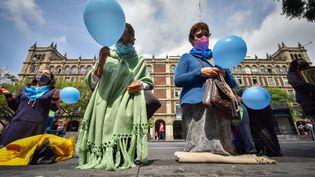 Des opposants à la dépénalisation de l'avortement au Mexique, le 7 septembre 2021. (GUILLERMO DIAZ / MAXPPP)