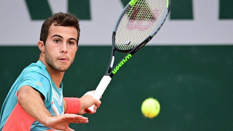 Hugo Gaston à Roland-Garros. (MARTIN BUREAU / AFP)