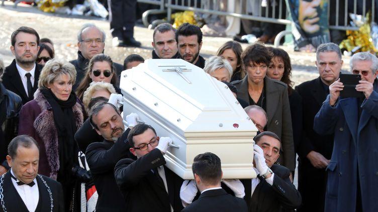 La cercueil de Johnny Hallyday, à Paris, le 9 décembre 2017. (LUDOVIC MARIN / AFP)