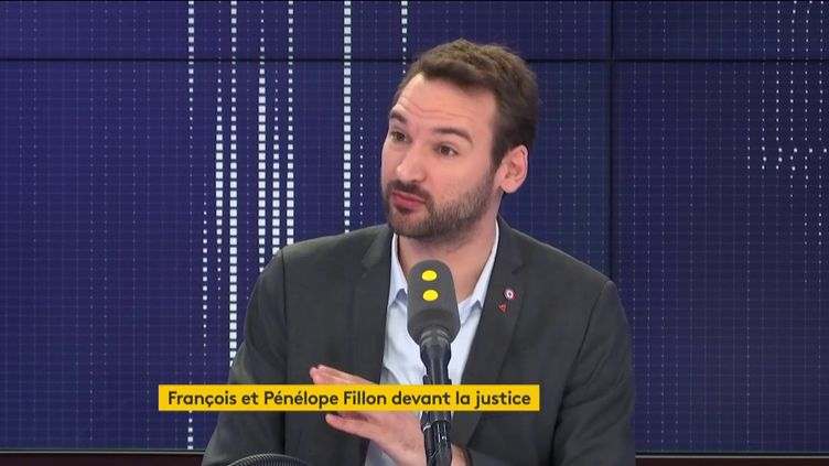 """Ugo Bernalicis, député La France insoumise, était l'invité du """"8h30 franceinfo"""" du lundi 24 février. (FRANCEINFO / RADIOFRANCE)"""