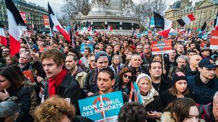 Une manifestation de La France insoumise, le 18 mars 2017, place de la République à Paris. (SIMON GUILLEMIN / HANS LUCAS / AFP)