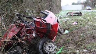 Un accident sur la RN 141 à Etagnac (Charente), le 31 janvier 2012. (KLUBA TADEUSZ / SUD OUEST / MAXPPP)