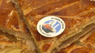 À Saint-Malo (Ille-et-Vilaine), pour le boulanger Didier Chenot, l'Épiphanie est l'occasion de mettre en avant le travail des sauveteurs de la SNSM et de lever des fonds pour l'association. (france 3)