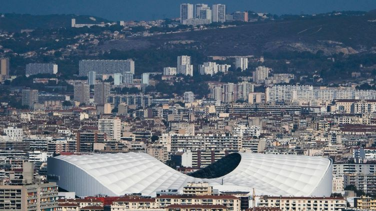 Vue du stade Vélodrome, à Marseille, en octobre 2017. (BORIS HORVAT / AFP)