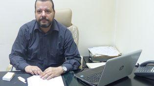 L'avocat Mounir Baatour dans son bureau à Tunis le 11 octobre 2019 (FTV - Laurent Ribadeau Dumas)