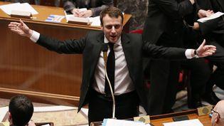 Le ministre de l'Economie, Emmanuel Macron, le 17 février 2015 à l'Assemblée nationale. (PATRICK KOVARIK / AFP)