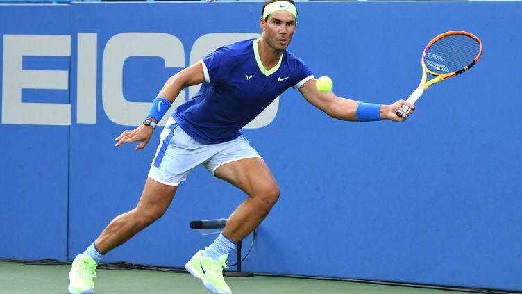 L'Espagnol Rafael Nadal lors du tournoi de Washington, le 5 août 2021. (MITCHELL LAYTON / GETTY IMAGES NORTH AMERICA / AFP)