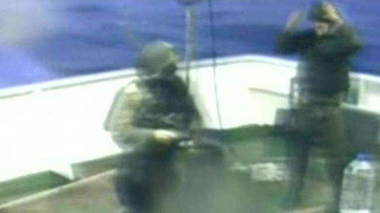 Des commandos de l'armée israélienne attaquent une flottille humanitaire qui s'approche de Gaza (31 mai 2010) (F2)
